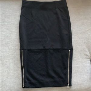 Aritzia Wilfred Black Pencil Skirt